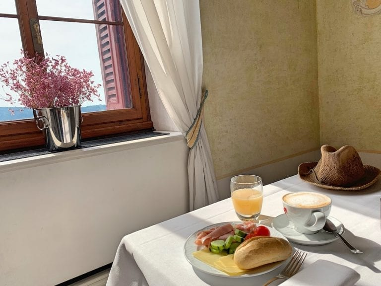 the perfect breakfast vibe created by castel brando