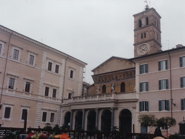 top 3 historic facts about rome for christmas_to visit santa maria in trastevere