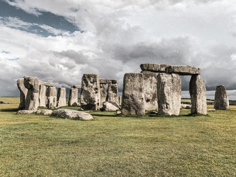 best places to visit from my 2019 footprints_London_stonehenge