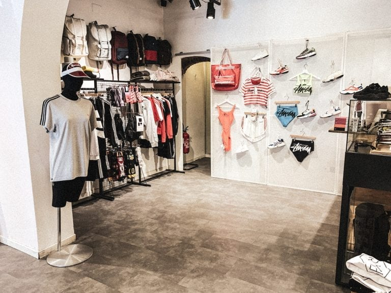 fashion streetwear shop in cavour