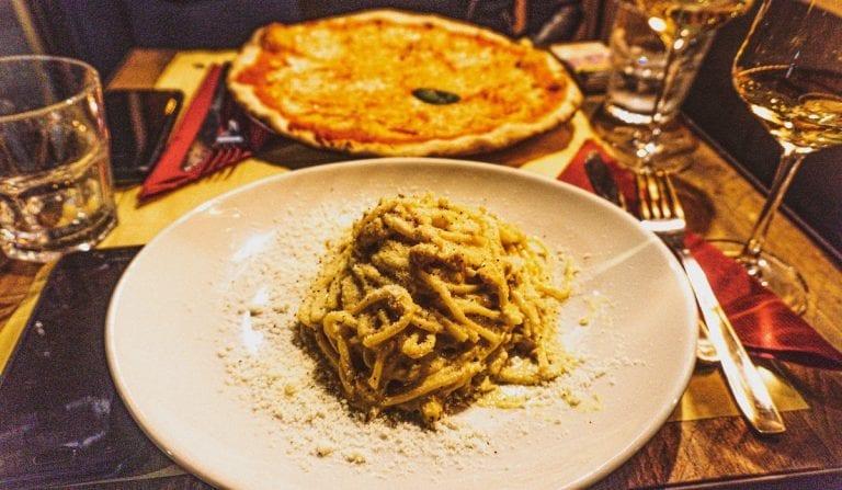 spaghetti alla carbonara at Bistro and Wine bar Pasquino in rome