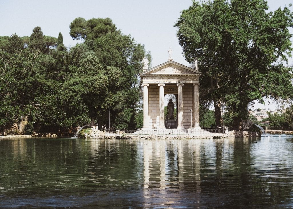 the beautiful tempo on the lake in villa borghese