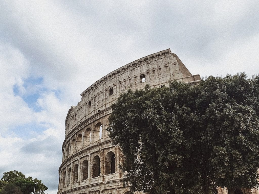 gustobeats a rome lifestyle blog about the colosseum secrets