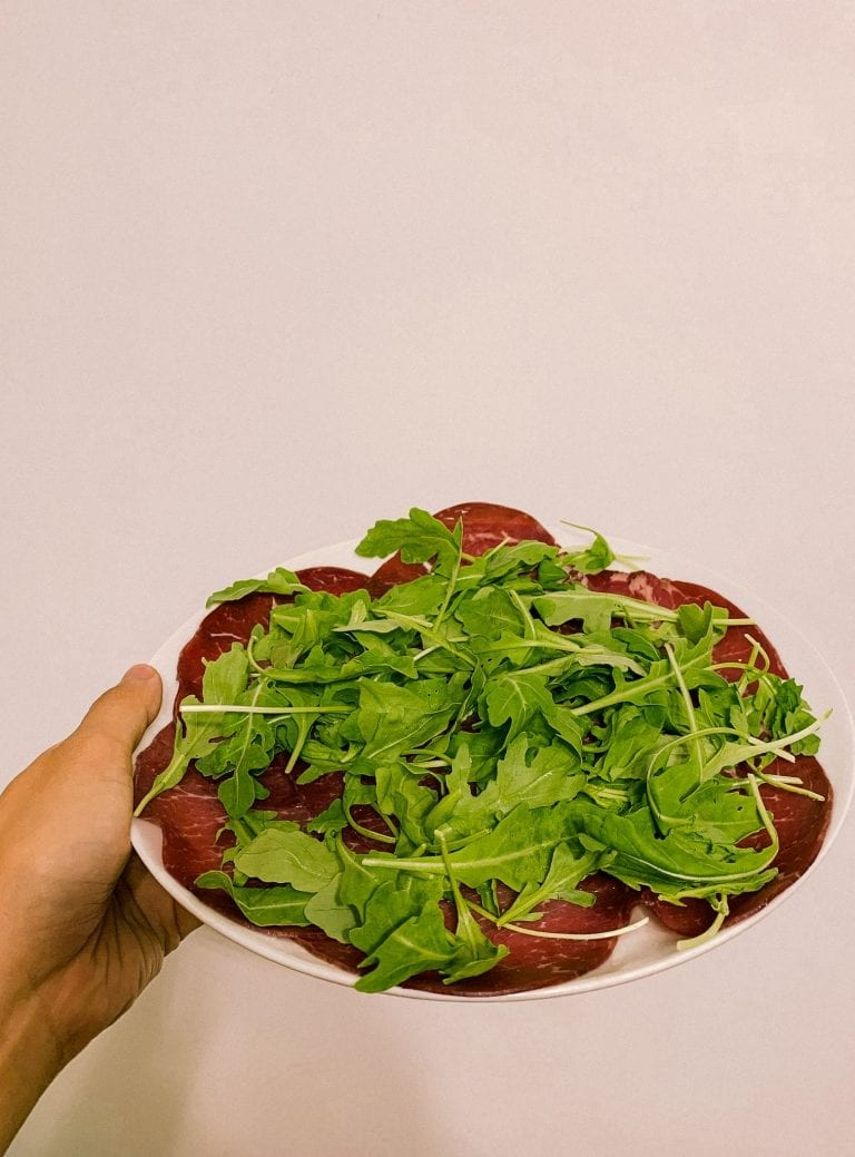 Bresaola with Rucola as a common apertizer dish in many Rome restaurants but super easy to do even from home