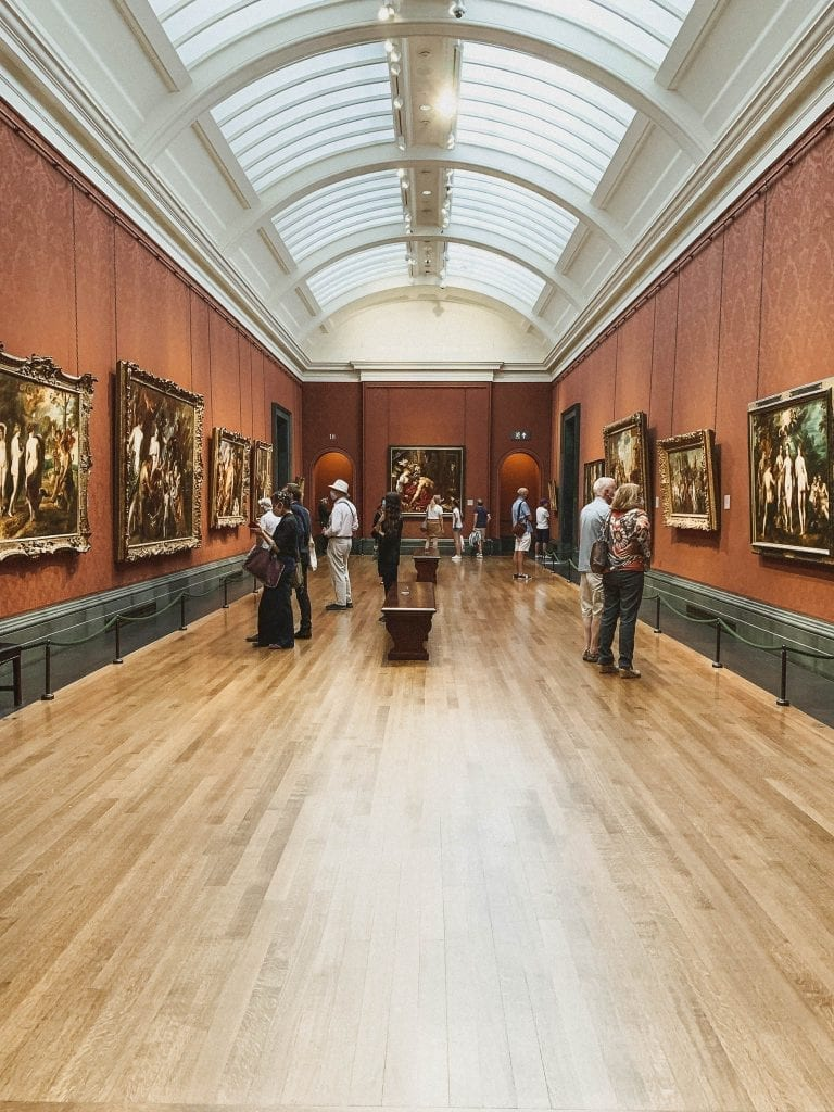 National Gallery in London has such a big collection which is not able to be finished in only one day.