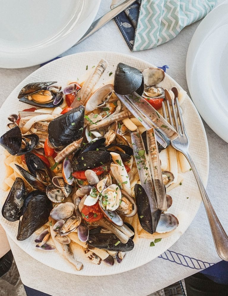 Pizzeria da Ciro is famous among the Gaeta locals but they don't provide pizza in the day, so for lunch, you can have a light seafood dish there for example the mixed seafood pasta or some grilled fish.