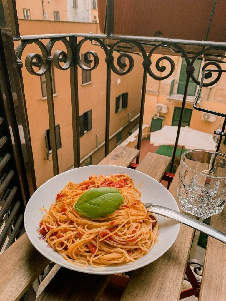spaghetti with tomato sauce and fresh basil as the best summer pasta dish as well as a light weighted pasta option for many